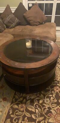 round glass Coffee Table Madison, 39110