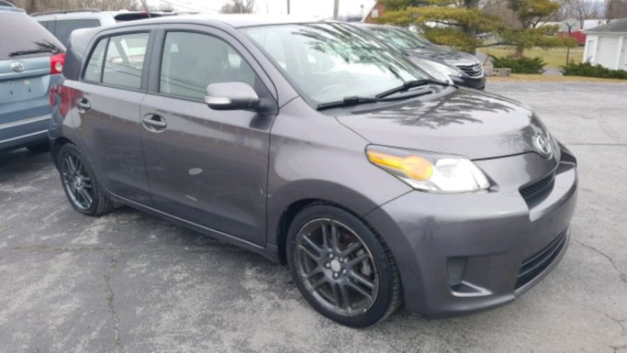 2011 Scion xD 6