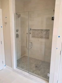 install glass showerdoors Manassas