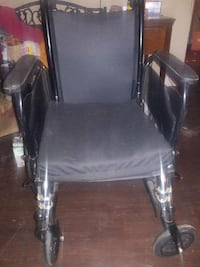 New Wheelchair 16 width 15 height cash and pick up only Alexandria, 22315