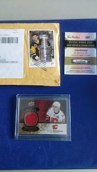 Hockey card relic with free hockey cards