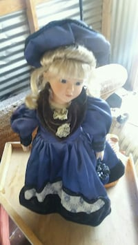 Heritage Mint collection doll