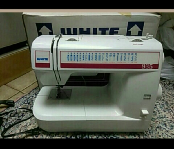 Used White Sewing Machine Excellent Condition For Sale In Bartow Classy White Sewing Machine For Sale