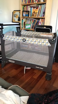 Graco pack and play playpen Washington, 20011
