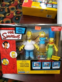 The Simpsons - House Diorama Featuring Homer, Marge And Maggie Toronto