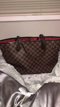 Neverfull mm louis vuitton tote bag Surrey, V3R 2C8