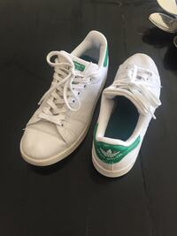 paire de baskets basses adidas blanches Chorges, 05230