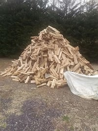 oak wood no pine 100.00 Ford ranger load doesn't include delivery Fairfax