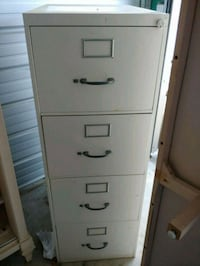 white metal 4-drawer filing cabinet Edmonton, T5T 0H5