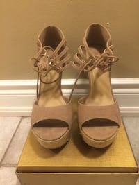 Pair of brown open-toe ankle strap heels Mississauga, L5V