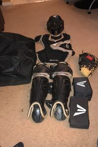 Used Easton Catchers Gear with bag