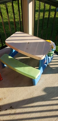 Table for kids outdoor Vaughan, L4L 1A6
