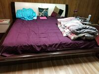 purple bedspread with pillows Toronto, M4P 1A6
