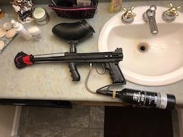 Tippman 98 custom paintball gun