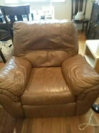 brown leather recliner sofa chair College Park, 20740