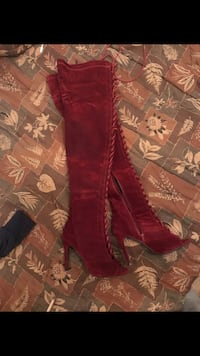 Size 7 Thigh High Boots Lacey, 98503