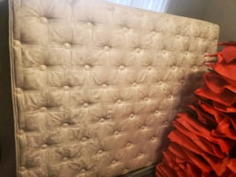 Queen matress with box spring