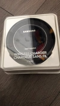 Samsung Wireless Charger Stand (Fast Charge) Toronto, M6H 2B2