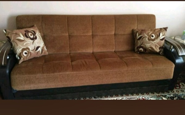 Used brown and black suede couch for sale in Montreal - letgo