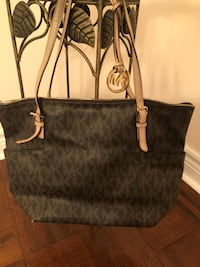 Genuine Monogrammed black and brown michael kors leather tote bag Vaughan, L6A 1A3