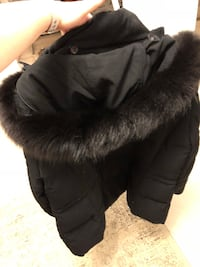 Down winter coat size XL with fox fur Vaughan, L4H 0N8