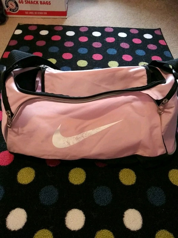 9dd84d8f Used Nike Duffle for sale in Canton - letgo