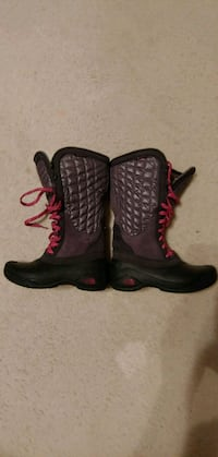 The North Face Women's Boots Size 7 *Waterproof Hagerstown, 21740