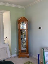 Howard Miller grandfather clock Ashburn, 20147