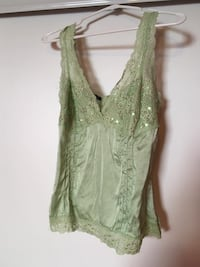 Le chateau lace green top Mississauga, L5K 1G8