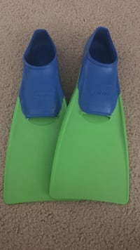 Finis gloating find for kids shoe size 8-11 Chesapeake, 23320