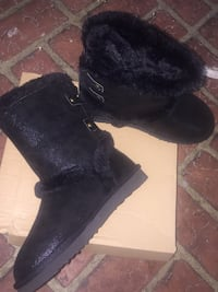 Brand new size 6 UGG boots Greenville, 27834
