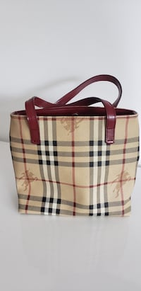 Purse / Designer bag - $300 OBO authentic Burberry small purse Toronto
