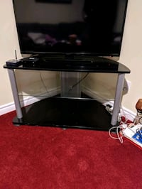 Tv stand Mississauga, L5V 1A2