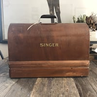 Antique Singer Sewing Machine - Fully Functional!
