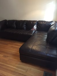 Leather sectional sofa  Arlington, 22206