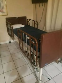 Hospital/Home Care bed. Miami, 33174