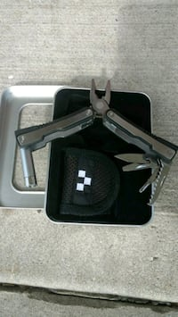 NEW! Never used! gray multi-tool pliers