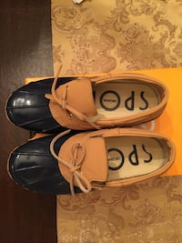 LIKE NEW with box! Sporto navy duck boots