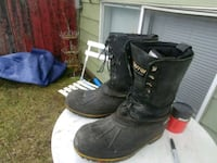 Size 9 really really warm winter work boots  Calgary, T2A 4H5