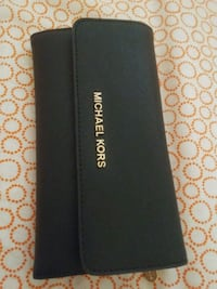 Authentic MK wallet Mississauga