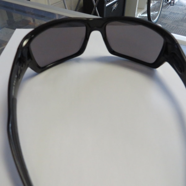 OAKLEY TURBINE SUNGLASSES POLARIZED LENSES OO (Phone number hidden by letgo) 7 1 48400f39-31cd-4a4a-9990-687836da4363