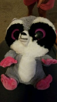 Stuffed raccoon.. plush Worcester, 01607