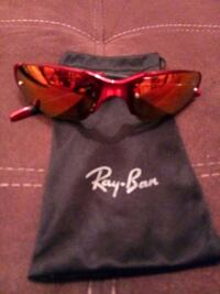 Ray ban sunglasses with cover price negotiable. Yonkers, 10701