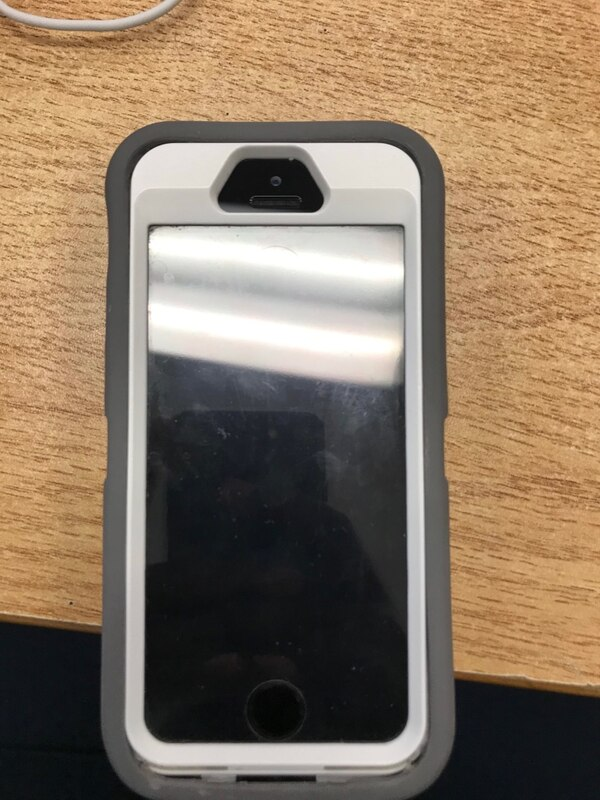 Iphone SE 64gb Great Condition
