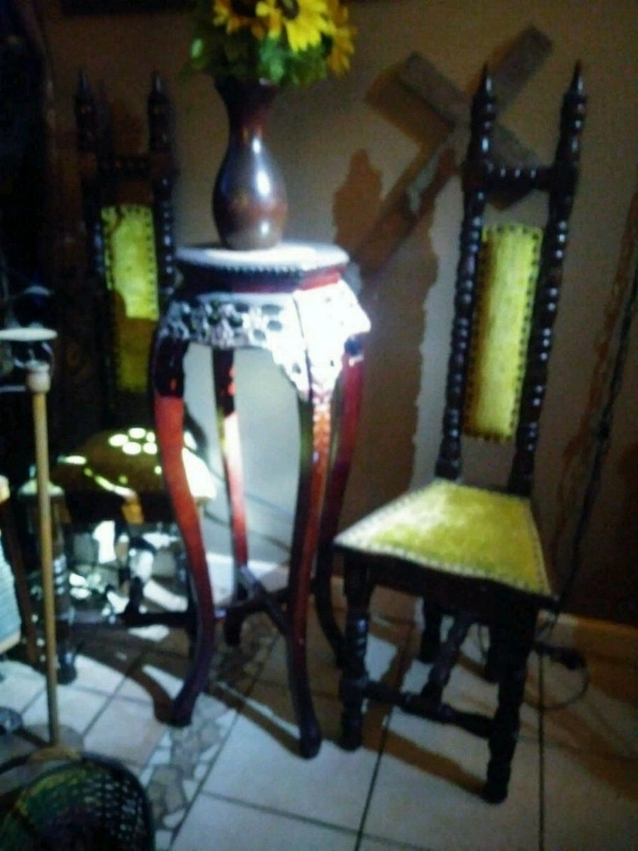& Used Little Folk King Throne Chairs for sale in San Angelo - letgo
