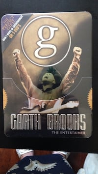 Garth Brooks The entertainer Jacksonville, 32225