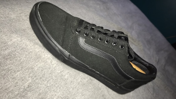 b918e04a7695be Used black and grey Vans low-top sneaker for sale in Acworth - letgo