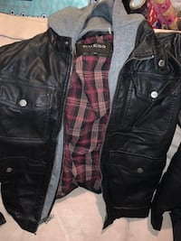 Guess Jacket Size Small Vaughan