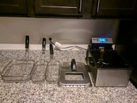 moving sell!! deep fryer only used once. 3 separate frying trays. Camp Springs