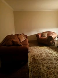 THOMASVILLE Leather couch & chair  Oakton, 22124
